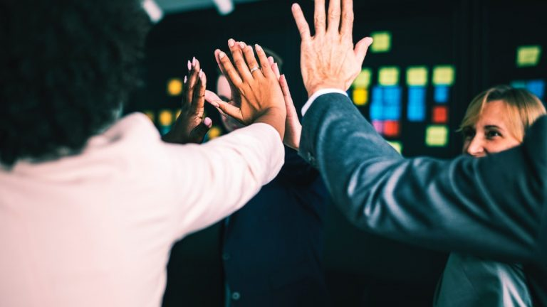 The Key to a Happy Office: How to Ace Employee Recognition